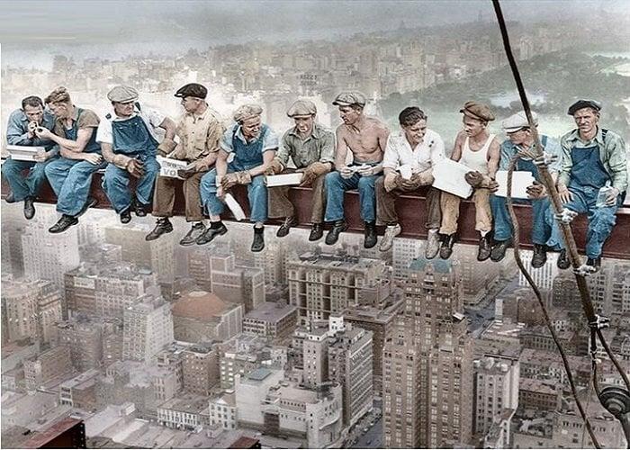 Image of Arbejder over New York