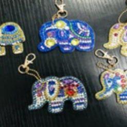 Halskæde med 5 indiske elefanter - Diamond Paint