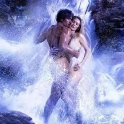 Mand og dame ved vandfald - Diamond Paint