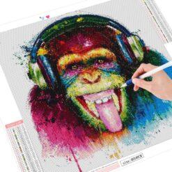 Abe med høretelefoner - diamond paint