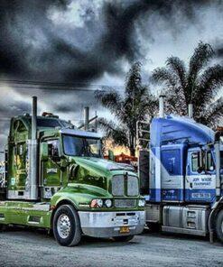 Grønne og blå lastbiler i diamond paint