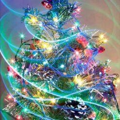 Farverigt juletræ i diamond paint