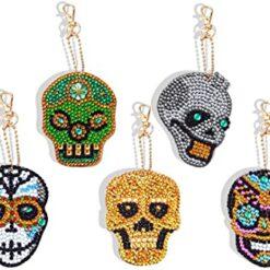 Nøgleringe med skelethoveder i diamond paint
