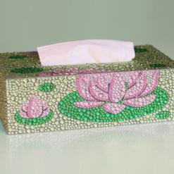 Servietboks med lyserød åkande i diamond paint