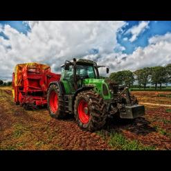 Ferndt traktor i diamond paint
