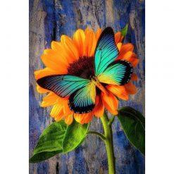 Sommerfugl på solsikke i diamond paint