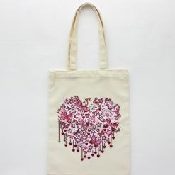 Indkøbsnet med hjerte og sommerfugle i diamond paint